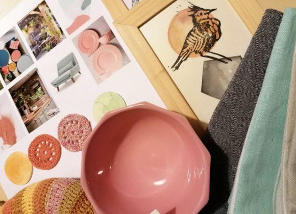 Színek, textilek, tárgyak a Kicsiházban